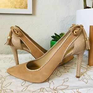 MICHAEL KORS Suede Pointed Heels Size 9